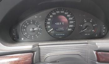 Mercedes-Benz Clase E 270 Classic Champagne full