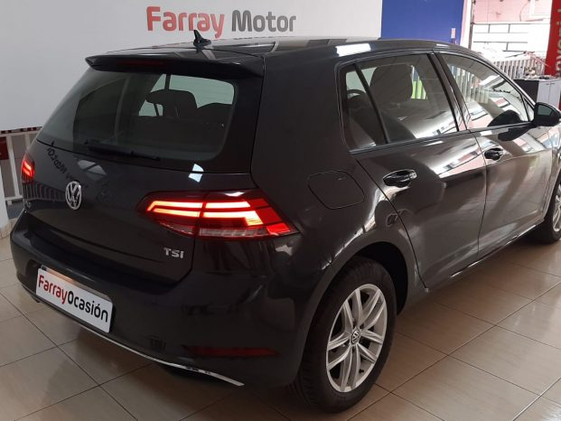 Volkswagen Golf Advance 1.0TSI 110Cv Gris full