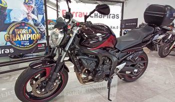Yamaha FZ6-N 600 Negra y Roja full