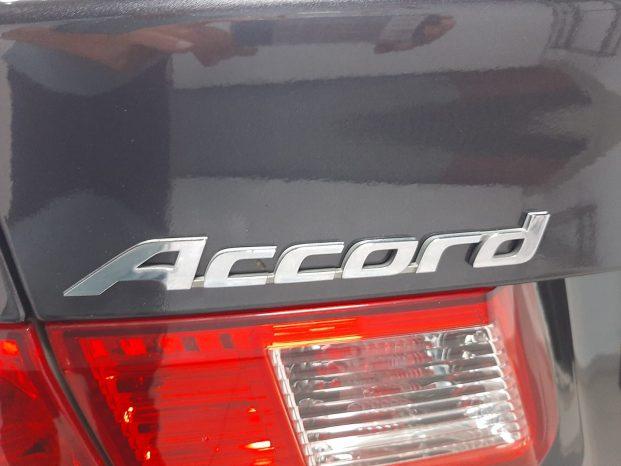 Honda Accord Sedán 2.4 i-VTEC Executive Piel Automático full