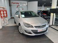 Opel Astra Turbo 5p Plata
