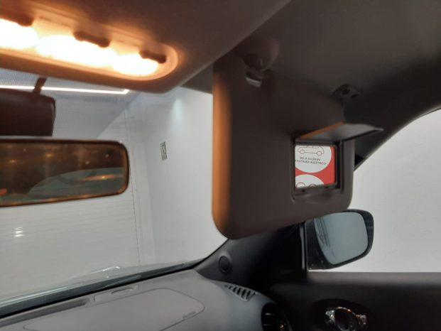 Nissan JUKE N-Connecta 1.6 Gris 5p full