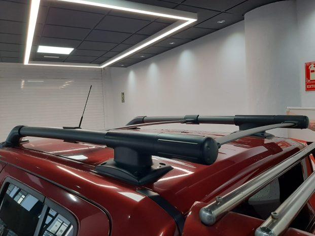 Nissan NAVARA Pick-Up 2.5 dCi Doble Cabina 4×4 Rojo full